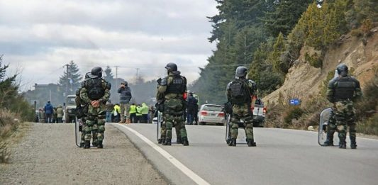 Represión a mapuches